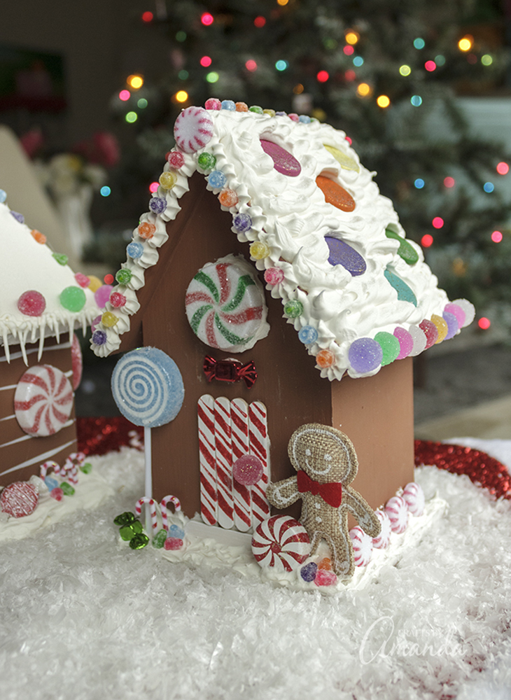 Gingerbread House 89