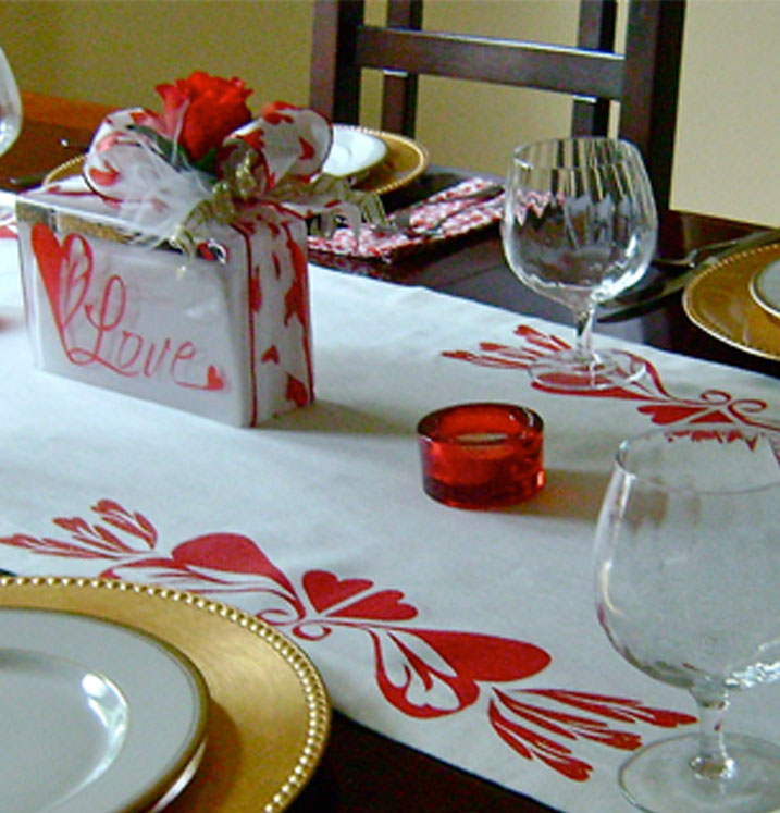 Red Hearts Table Runner