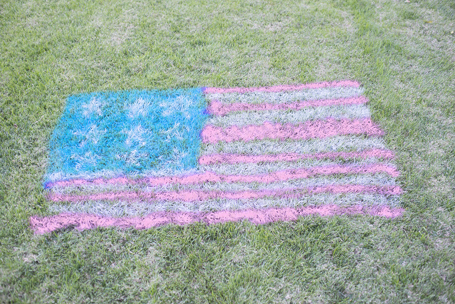 Spray Chalk American Flag